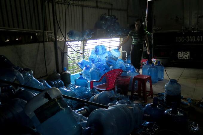 dùng nước mương ô nhiễm sản xuất 'nước tinh khiết' 21